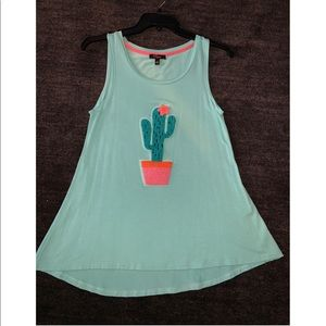 Sleeveless top with cactus design